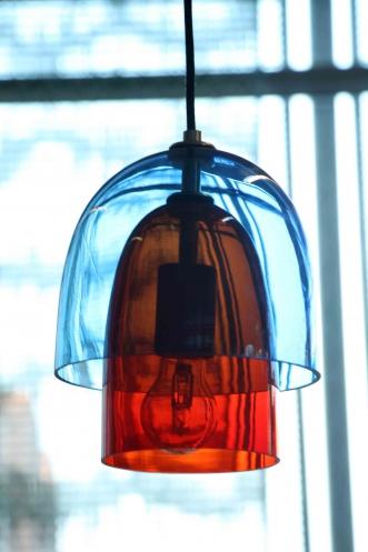 http://www.simonepost.nl/files/gimgs/th-50_lamp blauw rood 3.jpg