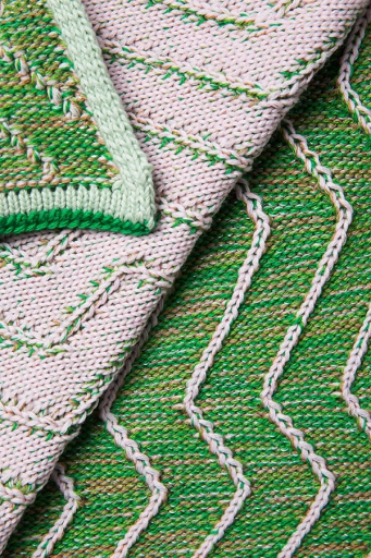 http://www.simonepost.nl/files/gimgs/th-53_detail-green-pink-wool-knit-textielmuseum-simone-post.jpg
